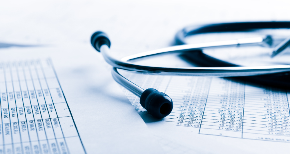 medical-bill-from-doctor-with-stethoscope